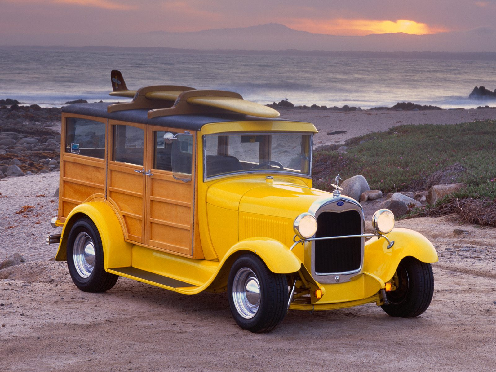 Car Ford Woody